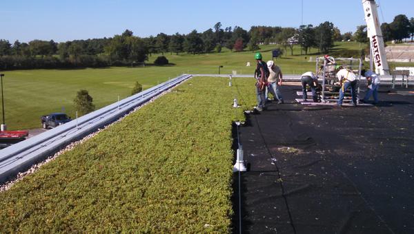 Middlebury-Squash-Center-Green-Roof-Installation-in-Progress